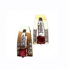 Серьги из желтого золота с бриллиантами и рубинами..
