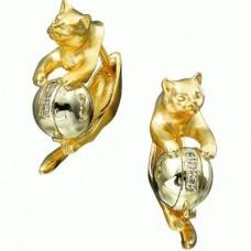 Серьги из комбинированного золота с жемчугом и бриллиантами..