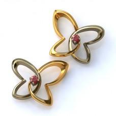 Серьги из комбинированного золота с рубинами..