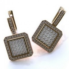 Серьги из красного золота с бриллиантами